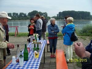 100_7530 Picknick am Rhein